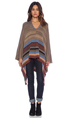 Goddis Riva Poncho in Dry Creek