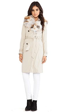 Gryphon Fox Plate Collar Winter Trench in Tan