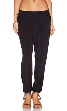 Gypsy 05 Perfect Pegged Pant in Black