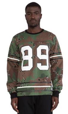 Hall of Fame Score Long Sleeve Jersey in Camo
