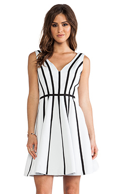 Halston Heritage Contrast Binding Flare Dress in Linen White & Black