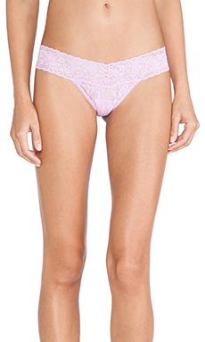 Hanky Panky Signature Lace Low Rise Thong in Lotus