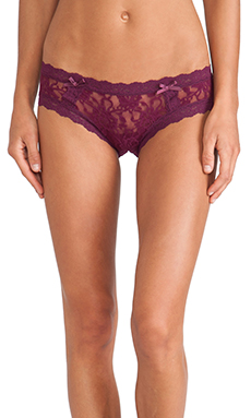 Hanky Panky Signature Lace Cheeky Hipster in Angora Red