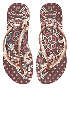 Havaianas Slim Thematic Flip Flop in Dark Brown