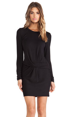 Heather Scoopneck Tuck Dress in Black