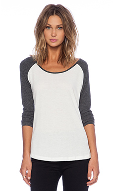 Hye Park and Lune Crescent Raglan in Black