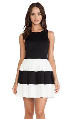 ISLA & LULU Miss Totally Dress in Black & White