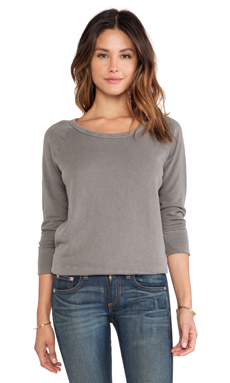 James Perse Vintage Cotton Raglan Pullover in Burro