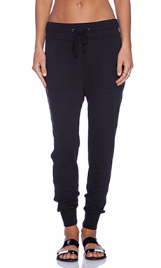 James Perse Slouchy Sweatpant in Black