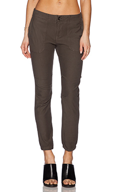 James Perse Slim Knit Twill Utility Pant in Fir