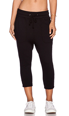 James Perse Cropped Slouchy Sweatpant in Black