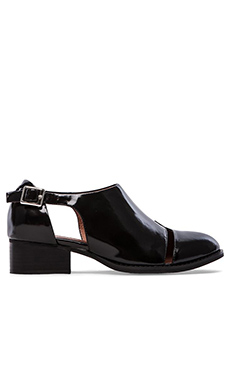 Jeffrey Campbell Leroy Flat in Black Box