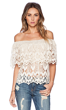 Jen's Pirate Booty Lace Senorita Top in Shell Romantic Lace