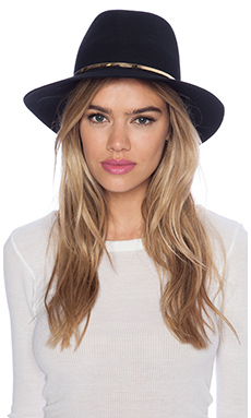Janessa Leone Stephen Hat in Black