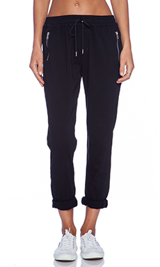 Joe's Jeans Off Duty Street Zip Slim Jogger in Black