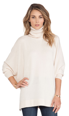 Joie Fidella Turtleneck Sweater in Heather Parchment