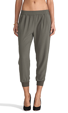 Joie Mariner Cropped Pant in Fatigue