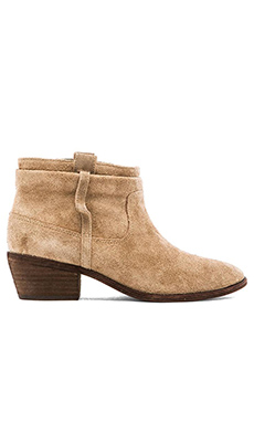 Joie Elvis Bootie in Putty