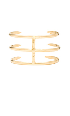 joolz by Martha Calvo Claw Cuff in Gold