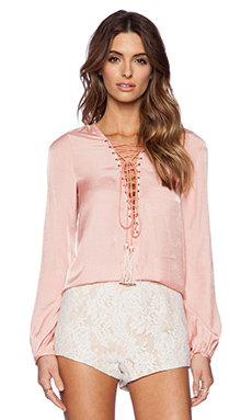 THE JETSET DIARIES Delta Shirt in Peach