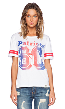 Junk Food Patriots Spectator Stripe Tee in Electric White