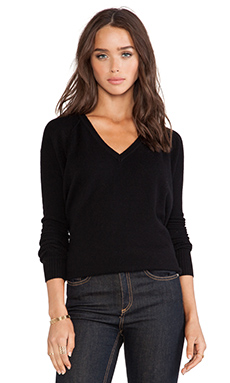 Kingsley Cashmere V Neck Sweater in Black