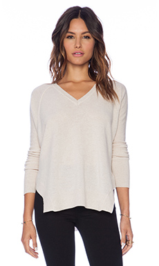 Kingsley Cashmere V Neck Sweater in Heather Beige