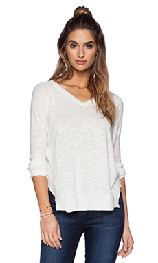 Kingsley Palm Springs V Neck Sweater in White