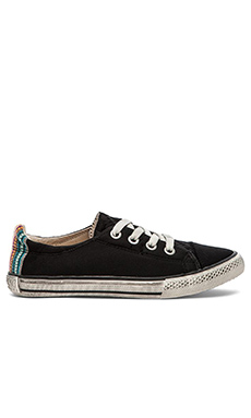 KIM & ZOZI Neo Low Sneaker in Black