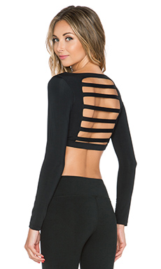 koral activewear Scope Long Sleeve Crop Top in Black