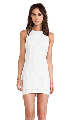 Ladakh Drew Lace Dress in Ivory
