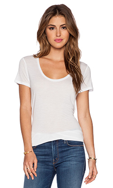 L'AGENCE Perfect Tee in White