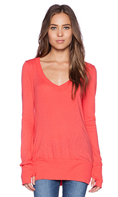 LA Made Long Sleeve V Neck Tee in Tomato