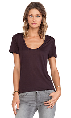 LA't by L'agence Perfect Tee in Burgundy