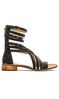 Latigo Rue Sandal in Black