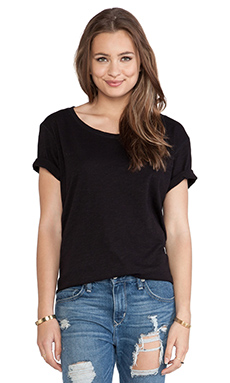 Lisa Kai Boyfriend Tee in Black