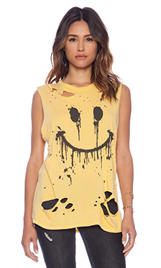 Lauren Moshi Roxanne Dripping Happy Face Vintage Muscle Tee in Pineapple