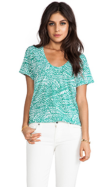 LNA U Neck Tee in Leaf
