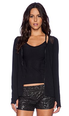 Lorna Jane Athena Excel Top in Black