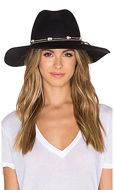 Lovely Bird Buenos Aires Los Muertos Wrap Hat in Black
