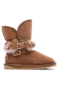 Australia Luxe Collective Hatchet Short Boot with Rabbit Fur Trim in Chestnut