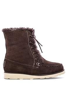 THE LUXCLUSIVE by Australia Luxe Collective Yards Bootie with Chukkas in Croc Brown