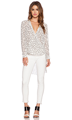 Lumier Desert Dunes Blouse in White Print
