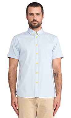 Marc by Marc Jacobs Oxford Short Sleeve Button down in Baby Blue
