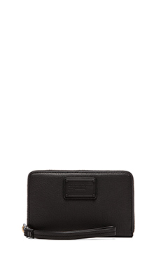 Marc by Marc Jacobs Electro Q Wingman Wallet in Black