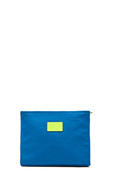 Marc by Marc Jacobs Marc It Carrie Travel Cosmetic Case in Electric Blue Lemonade