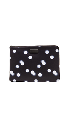 Marc by Marc Jacobs Blurred Dot 13