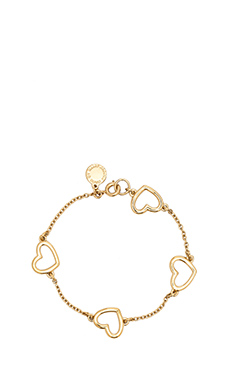 Marc by Marc Jacobs Hearts, Stars, Arrows Chasing Hearts Bracelet in Oro