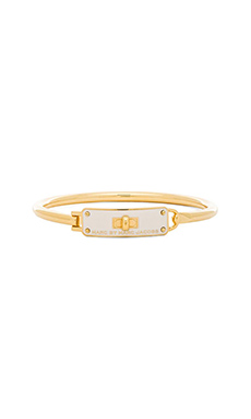 Marc by Marc Jacobs Enamel Turnlock Hinge Cuff Bracelet in Talc