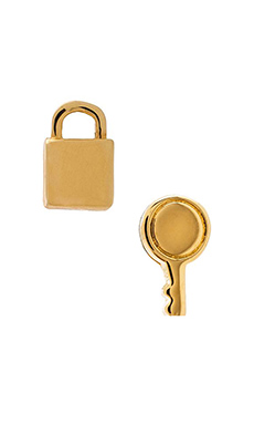 Marc by Marc Jacobs Mini Lock and Key Stud Earrings in Oro